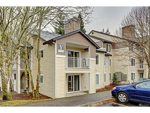 If you are buying or selling a condo in Front 9 call the Mukilteo Home Team at 206-445-8034