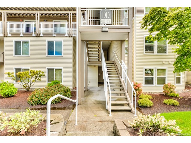 Front 9 Condos in Mukilteo, Washington